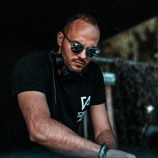 """Simone Attili – """"Give Me Some Lovin'"""" è il nuovo singolo del DJ e Producer romano"""