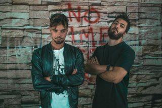 """NEGATIVE – """"NO TIME TO CRY"""" È L'ATTESO ALBUM D'ESORDIO DEL DUO POP/EDM"""